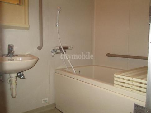 コーポレート西大井>浴室
