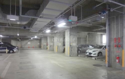 トミンハイム一之江>駐車場