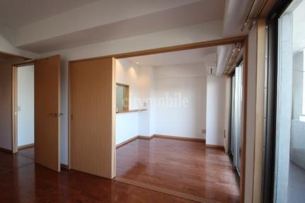 モナベール>洋室