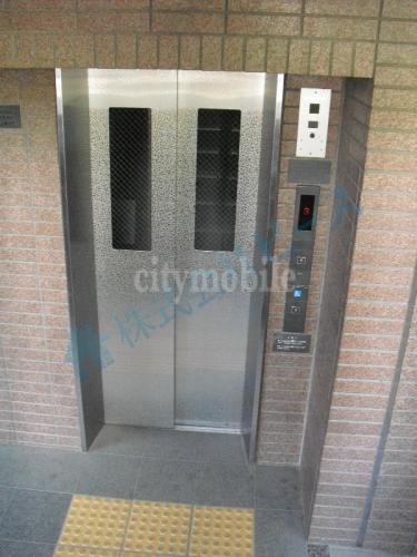 エイトハウスⅢ>エレベーター