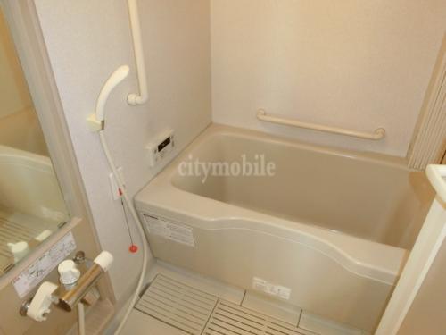 ヴィラ・べーア>浴室