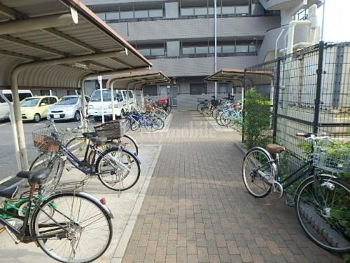 ガーデンコート仙川>駐輪場