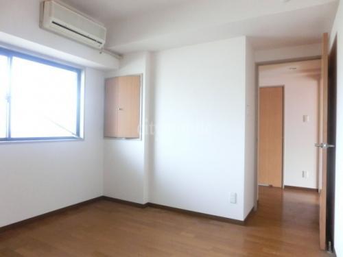 セントラルマンション ナカズシ>洋室