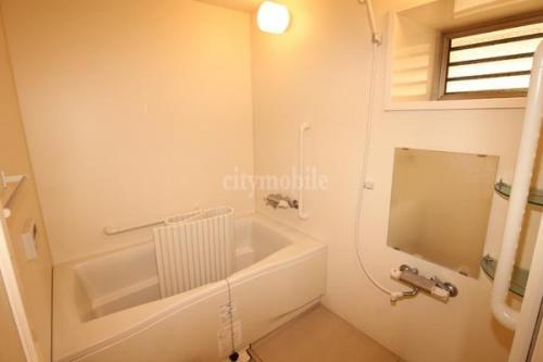 ポートヴィラ AK>浴室