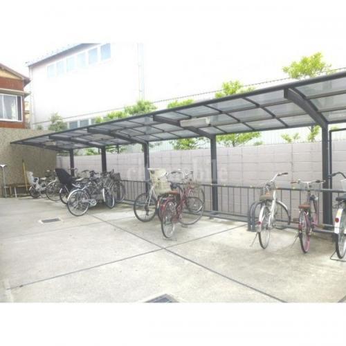 HANMIZUKIお花茶屋>自転車置き場