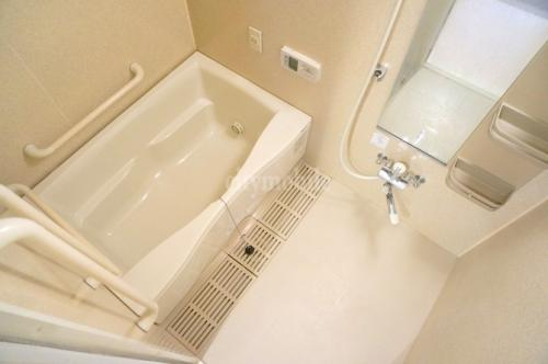 フレール西新井>浴室