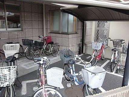 ヴィレッジ花水木>駐輪場