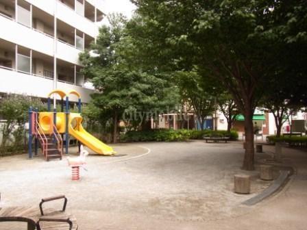 トミンハイム小豆沢>公園