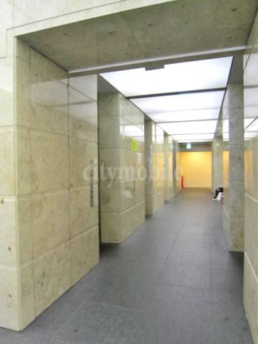 ヴァンガードタワー>エレベーターホール