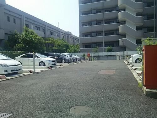 カーカス白鷺>駐車場