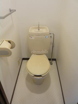 プレフォンティーヌ>トイレ