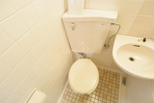 ホワイト>トイレ