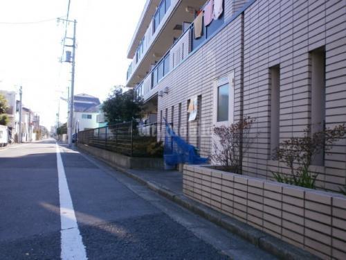 千川キャッスルピア>前面道路