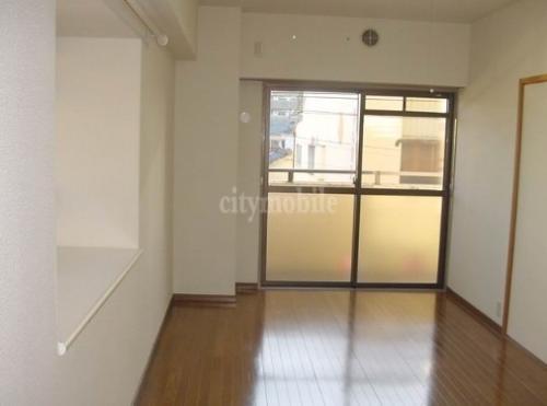 セントラルコート>洋室