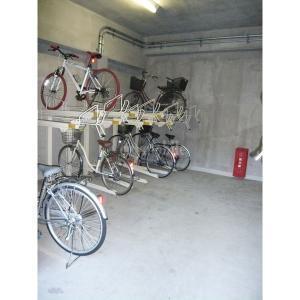 スタシオン21>駐輪場