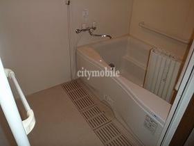 ルミエール・ヴィラ>浴室