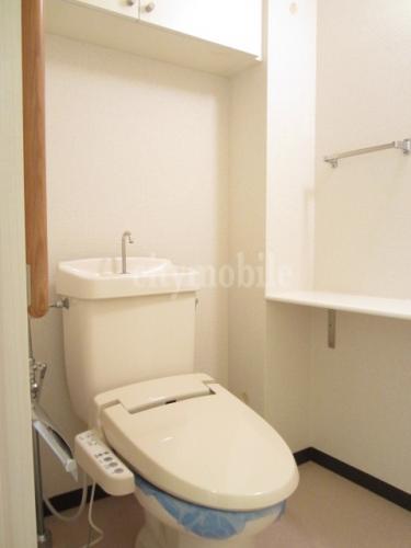 浦安マリナイースト21 海園の街 >トイレ