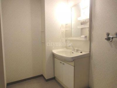 ベルタワー>洗面所