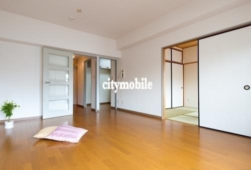 トミンハイム三田二丁目>リビング