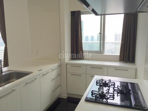 ベイシティ晴海スカイリンクタワー>4905号室 システムキッチン